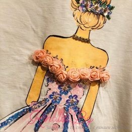 """Дамска тениска с пайети """"Момиче с рокля"""""""