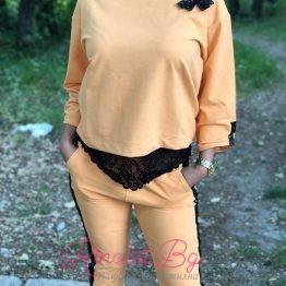 Дамски комплект в оранжево
