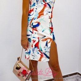 Дамска рокля с флорални мотиви и цепка