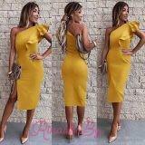 Дамска рокля с цепка и ефектно рамо
