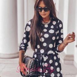 Дамска къса рокля на точки